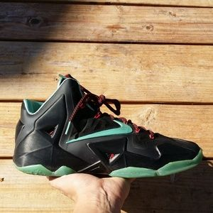 Nike LeBron James 11 XI Diffused Jade Basketball